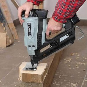 Hitachi NR90GC2 Cordless Gas Nailer